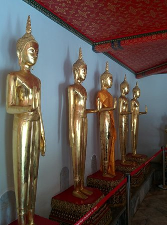 Wat Pho (Tempel des liegenden Buddha): 涅槃だけではありません