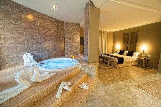 San Antonio de Benageber, Hiszpania: Suite Jacuzzi