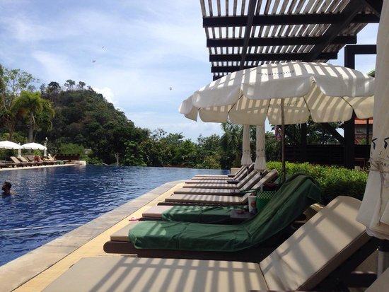 Pakasai Resort: Pool side