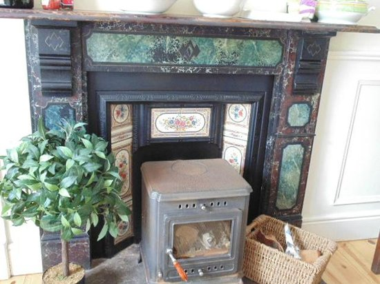 The Ante Room: Lovely mantelpiece in the breakfast room