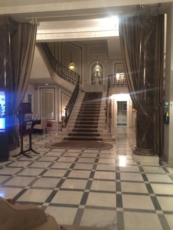 Hotel Maria Cristina, a Luxury Collection Hotel, San Sebastian : stairs