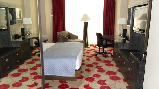 Kimpton Hotel Palomar Chicago: Room