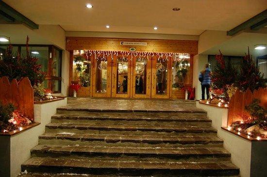 Club Hotel Regina e Fassa: Ingresso