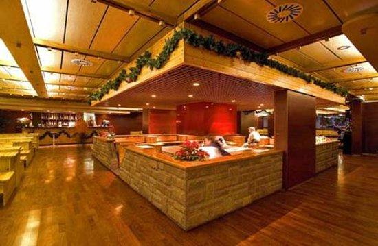 Club Hotel Regina e Fassa: Sala Camino