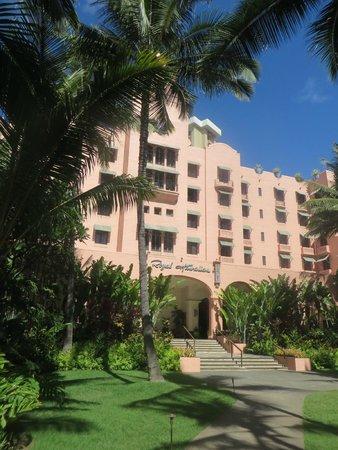 The Royal Hawaiian, a Luxury Collection Resort: ホテル外観
