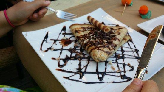 Pizzeria La Nonna : Crepe with nutella