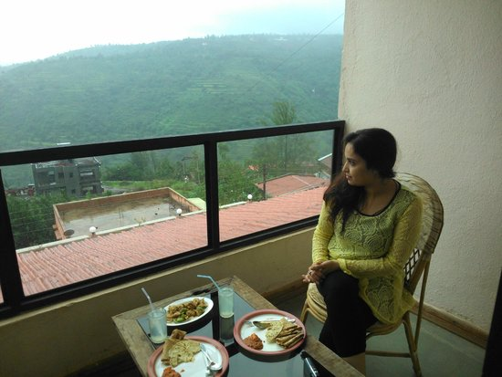 Mount View Executive, The Valley Resort: balcony view