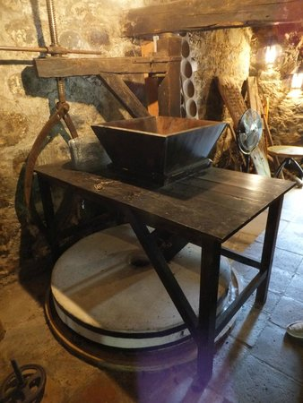 The Mill Hotel: Old water mill house