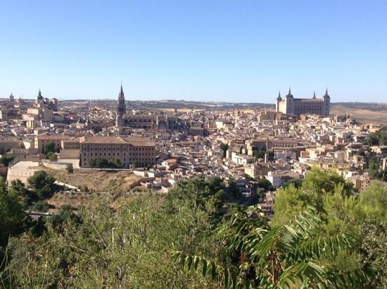 Parador de Toledo: view from pool