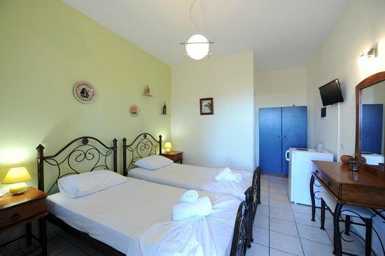 Villa Irini: δικλινο δωματιο