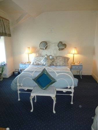 Ty Anne Guest House: A very pretty room