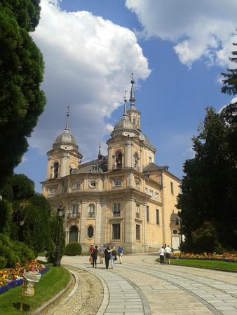 Jardines de la Granja de San Ildefonso: Palácio Real de la Granja de San Ildefonso