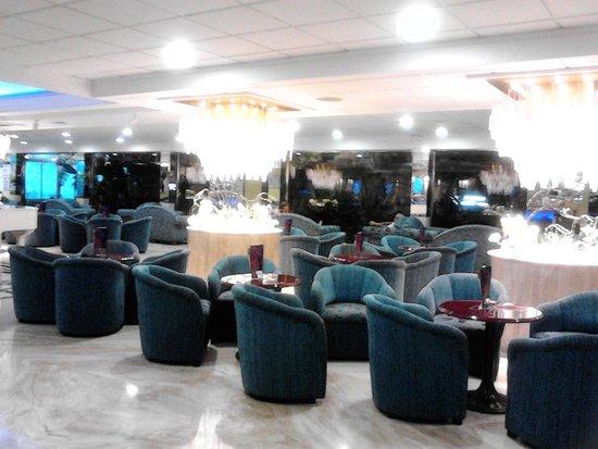 Servigroup Diplomatic: Bonita cafeteria