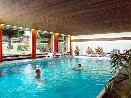 Hotel Wildstrubel: Hallenbad