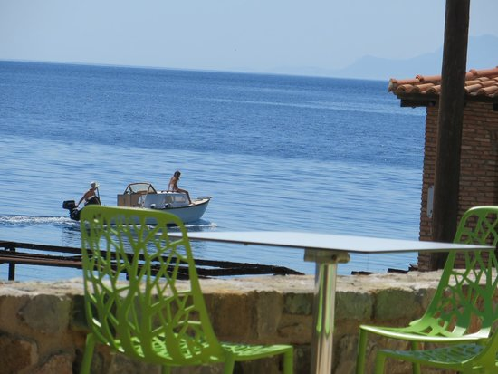 Kaminos Resort: Views