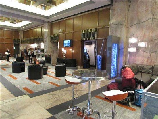 Hôtel Le Concorde Québec: Lobby