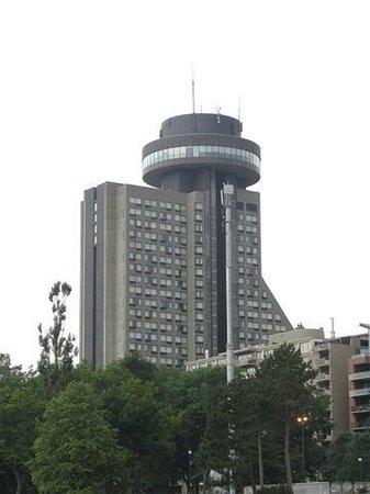 Hôtel Le Concorde Québec : 25-storey building