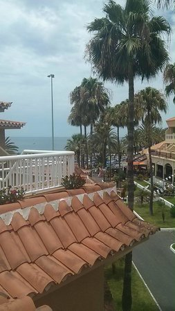Apartamentos Vistasur: view from upper balcony