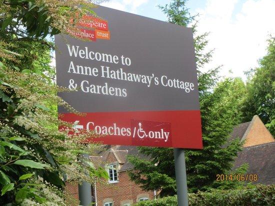 Anne Hathaway's Cottage & Gardens: 看板