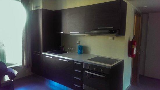 Trondheim Vandrerhjem: Kitchen, room 313