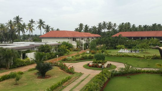 The Windflower Resort and Spa Pondicherry: Hotel Garden View