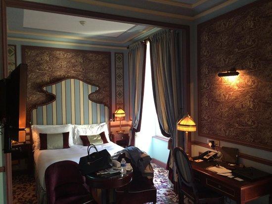 InterContinental Bordeaux Le Grand Hotel : Bedroom Suite