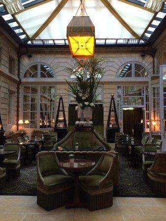 InterContinental Bordeaux Le Grand Hotel : Main entrance