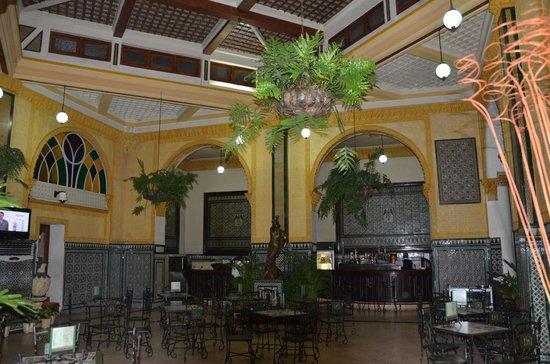 Hotel Inglaterra: ресторанчик