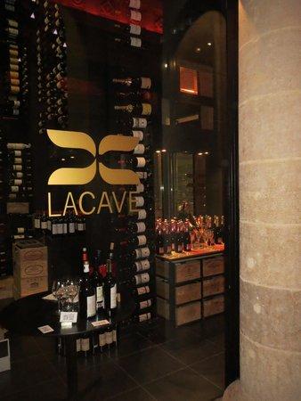 InterContinental Bordeaux Le Grand Hotel : Wine Cellar