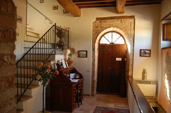 Agriturismo Casale dei Frontini: ingresso casale