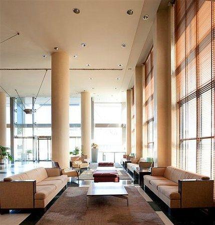 NH Ciudad de Almeria: hall hotel
