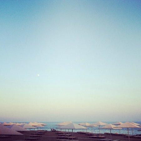 Kaya Palazzo Golf Resort : Beach area