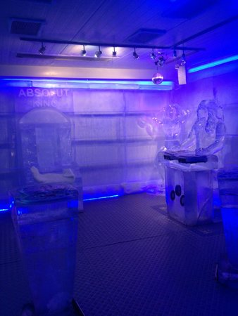 Ice Pub: Throne and DJ booth made of ice