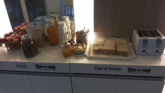 Nantra Ekamai Hotel: Breakfast