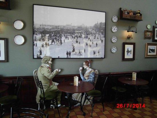 Yesterday's World: Victorian tea rooms