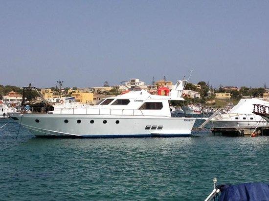 Hotel & Ristorante Nautic : Barca