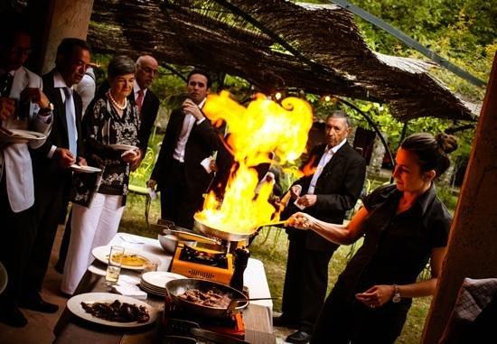 La Source : A cooking show.