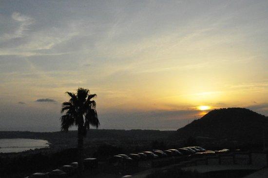 Gli Dei Hotel: Sundown