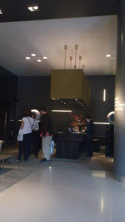 Andaz London Liverpool Street : Reception desk