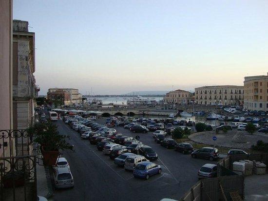 Hotel Posta: Vistas desde la habitación y parking gratuito