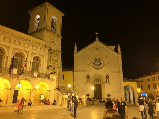 Culture Discovery Vacations - Day Tours: Norcia