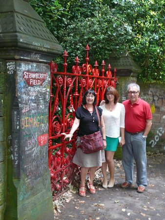 Liverpool Magico Tours: Strawberry Fields forever