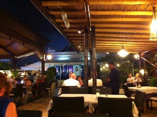 Restaurant Bombay Blue : intérieur resto .