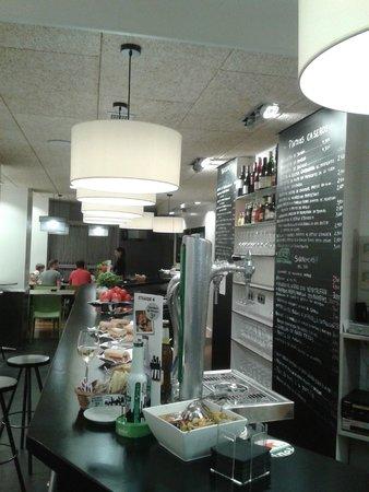 E4 Restaurant