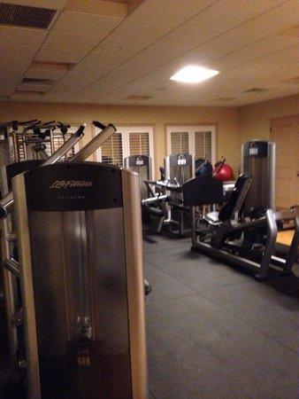 Hyatt Regency Coconut Point Resort and Spa: Weight room; very roomy.