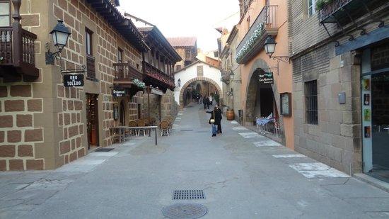 Poble Espanyol: Beautiful Architecture