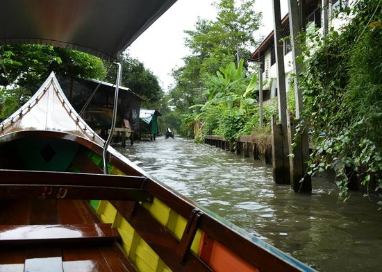 Conrad Bangkok Hotel: The long speed boat ride through the neighbourhoods