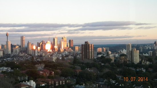 Meriton Suites Bondi Junction: Sunrise On the High-Rises.