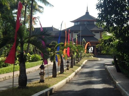 The Jayakarta Bali Beach Resort: Jayakarta from the residences
