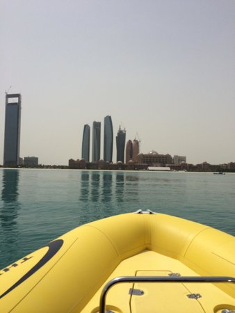 The Yellow Boats: Cityview